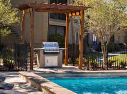 Lakebridge Apartments - Tampa