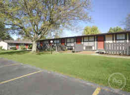 Pinewood Apartments - Kent