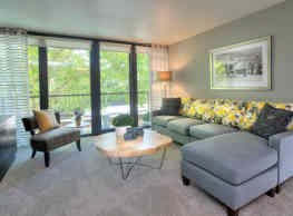 Harrison Tower Apartments - Portland