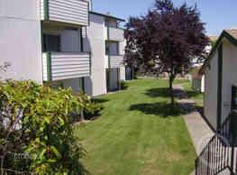 Alpine Vistas Apartments - Tacoma