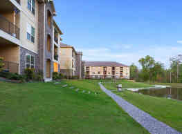 Abita View Apartment Homes - Covington