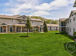 Emerald Park & Emerald Woods Senior Apartments - Plainwell