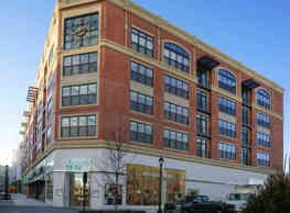 Crocker Park Living Apartments - Westlake