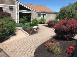 Whitney Ridge Apartments - Fairport