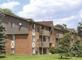 Meadowbrook Village Apartments - Auburn Hills