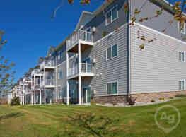West Ridge Apartments - Fargo