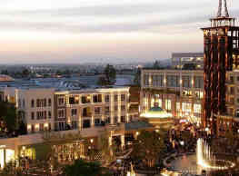 The Americana at Brand Luxury Apartments - Glendale