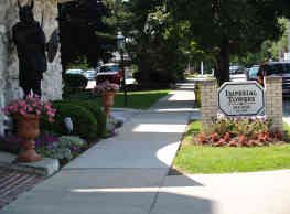 Imperial Tower Apartments - Waukegan