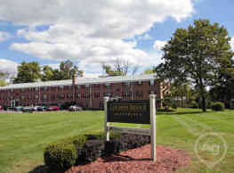 Covered Bridge Apartments - Perkasie