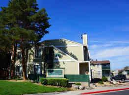 Green Pines Apartments - Reno