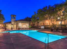 Wood Canyon Villa Apartment Homes - Aliso Viejo