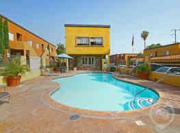 1333 Canyon Apartment Homes - Colton