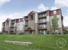 Turtle Creek Apartments - Branson