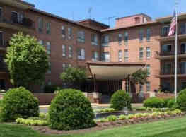 Brooklawn Apartments - Frederick