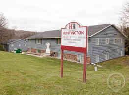 Huntington Hills Apartments & Townhomes - Mankato