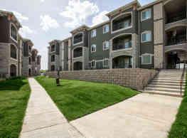 Oakview Apartments - White Settlement