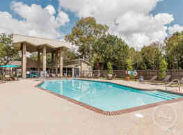 Bayou Oaks Apartment Homes - Lafayette