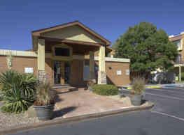 The Courtyard Apartment Homes - Albuquerque