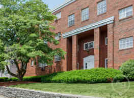 Caya Avenue Apartments - West Hartford