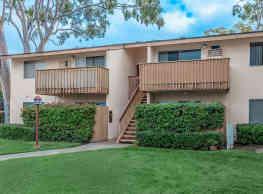 Villa Creek Apartment Homes - Cypress