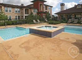 Highland Villas Apartments - Bryan