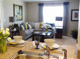 University Heights Apartments - Hooksett