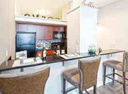 Cosmopolitan Apartments - Saint Paul