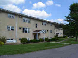 Town and Country Apartments - East Liverpool