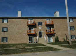 3004 Clearwater Apartments - Bloomington