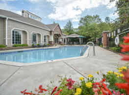 Parkers Lake Apartments - Plymouth