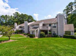 Chapel View Apartments - Chapel Hill