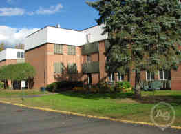 Silver Pond Apartments - Wallingford