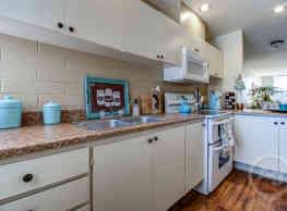 Greenwood Apartments - Goodyear