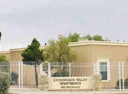 Crossroads Valley Apartments - El Paso