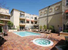 The Villagio Apartments - Northridge