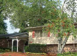 Windwood Apartment Homes - Austell