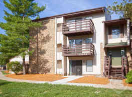 Delta Square Apartments - Lansing