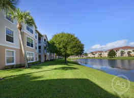 Treasure Cay Apartments - Fort Pierce