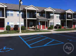 Waterfront Pointe - Indianapolis
