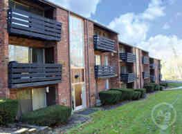 Sharon Park Manor Apartments - Moon Township