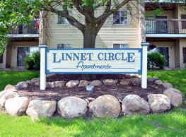 Linnet Circle Apartments - Coon Rapids