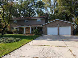 3334 W Valley View Dr - Saint Joseph