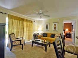 Central Park Apartments - Altamonte Springs