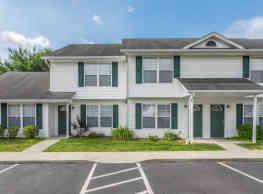 Adams Village Apartments & Townhomes - Bloomington