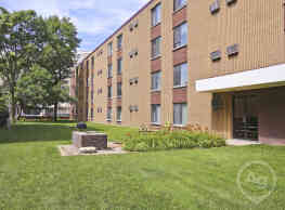 Inez Apartments - Madison