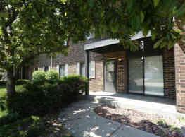 Cranberry Apartments - Kenosha