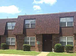 Country Club Apartments - Clarksdale