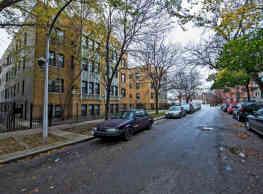 7316 S Jeffrey Boulevard - Chicago