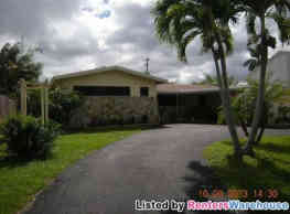 Spacious 4/3 Close to I-595 - Fort Lauderdale