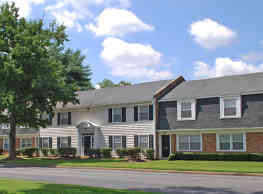 Colonial Apartments - Richmond